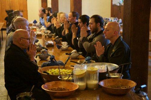 Residents' oryoki breakfast during ango.