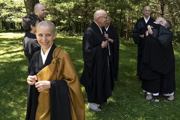 Hojin and monastics -web